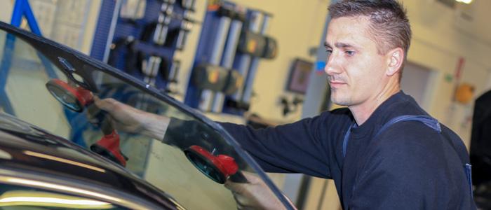 Læs mere om Vejles Autoværksted - Din mekaniker i Vejle, Vinding. Det er vigtigt for os, at skabe tillid og have et godt samarbejde med kunden.